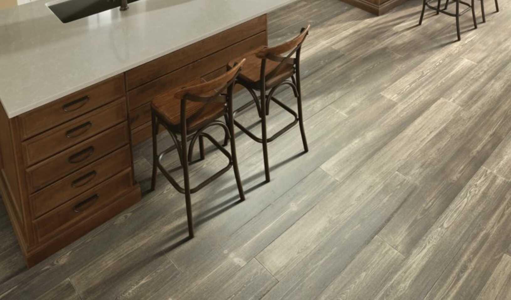 Kitchen stool | Floorscapes